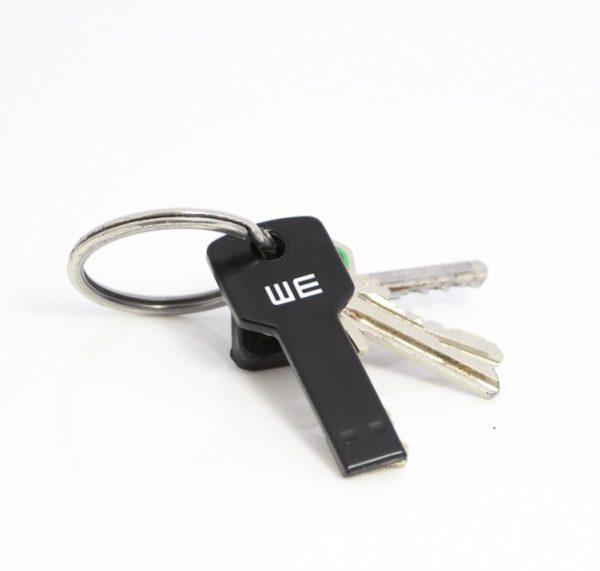 Sleutel usb stick aan sleutelbos