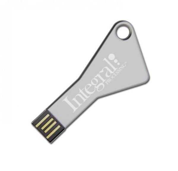 Usb stick in de vorm van een sleutel bedrukt met logo